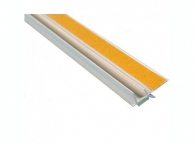 Профиль ПВХ примыкания оконный самоклеющийся без сетки 9 мм,2,4 м.пог.